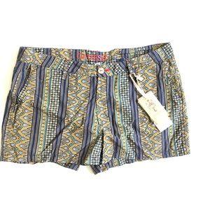 Ganesh print pattern shorts sz 4